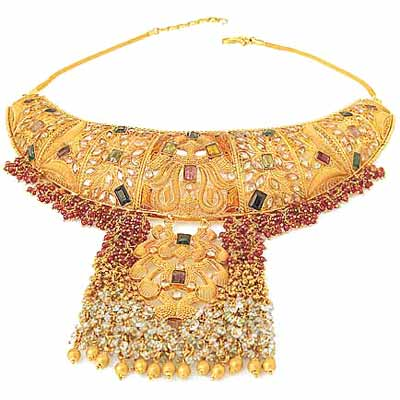 The jewellery collections seen here are finely crafted by expert